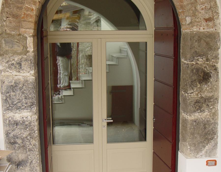 Porte garofoli serramenti laccati adler falegnameria dotti for Piscina fantecolo