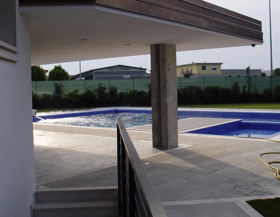 Villa ar falegnameria dotti for Piscina fantecolo